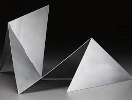foto-de-escultura-bichos-da-lygia-clark-materia-na-conexao-decor