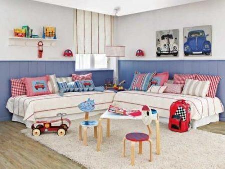 Lindo ! Reparem como o quarto ficou mais transado apenas o o Lambri colorido e as almofadas.