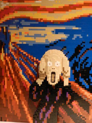 O Grito, de Edward Munch reproduzido em Lego por Nathan Sawaya