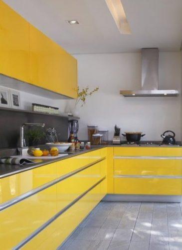 celebrando-o-amarelo-na-conexao-decor-cozinha-armarios-amarelos