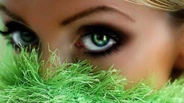 olhos-verdes-conexao-decor