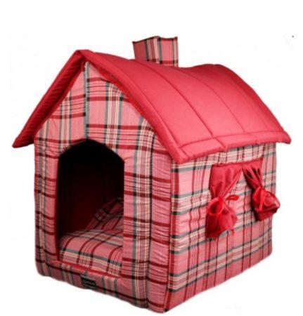 Cama para cachorro em formato de casinha.