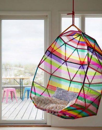 hanging egg de vime colorido