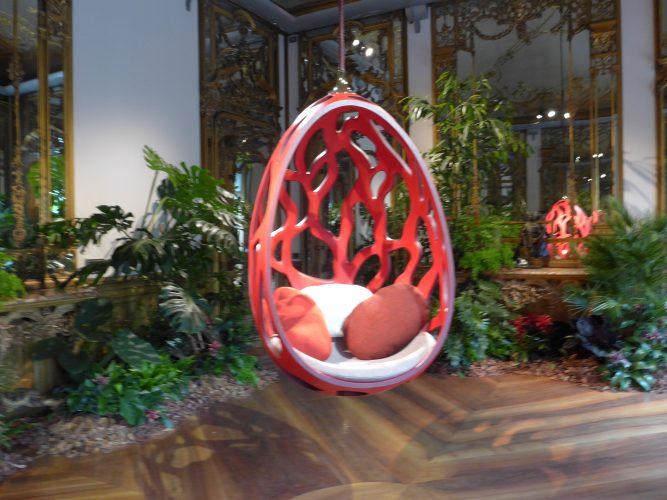 Cocoon, dos Irmãos Campana para a Coleção Objets Nomads da Louis Vuitton