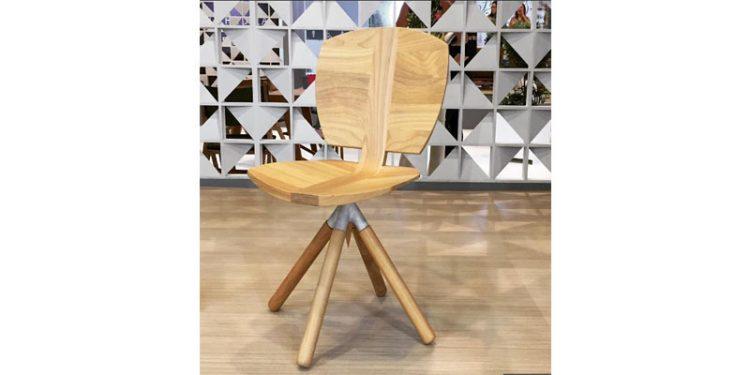 Butzke lança peças assinadas por designers atuais, com suas madeiras certificadas.