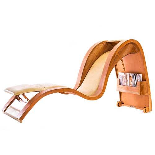 Cadeira Carioca, com espaço para revistas da OPD