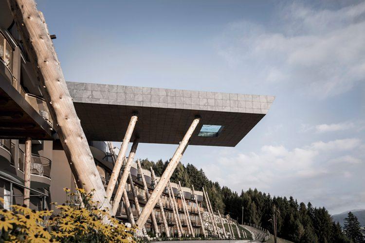 Piscina do Hotel Hubertus, nos Dolomites
