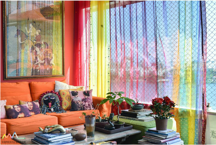 Cortina indiana do apartamento de Yara Figueiredo