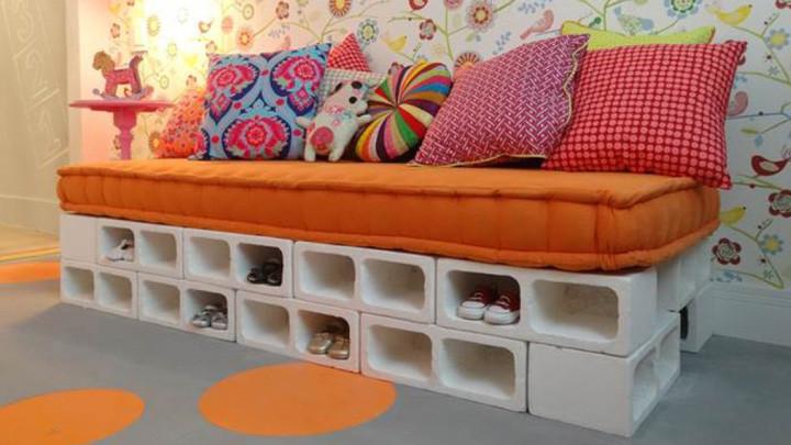 base da cama e sapateira com blocos de concreto