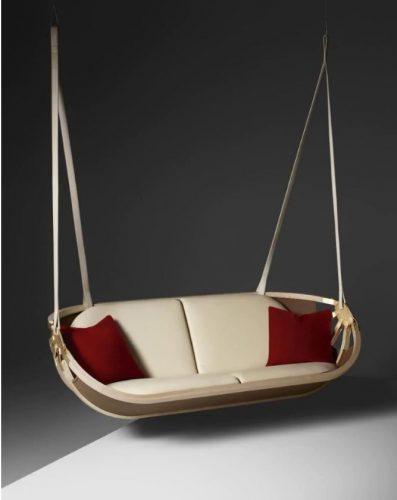Swing Boat, inspirado em um barco vintage que a equipe do estúdio suíço encontrou em um mercado de pulgas e regularmente o usavam no Lago Biel