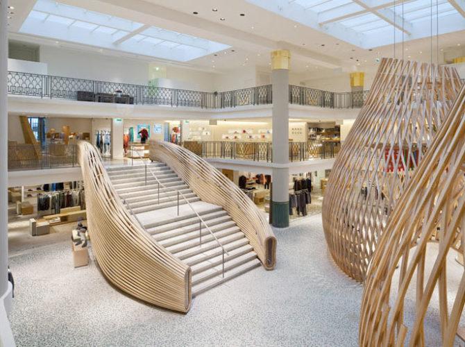 Interior da loja Hermès Rive Gauche