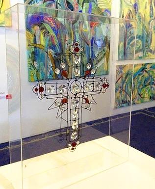 crucifixo em arame de roberto romero