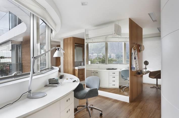 suite do apartamento do edificio diamante azul projetado por Roberta Devisate