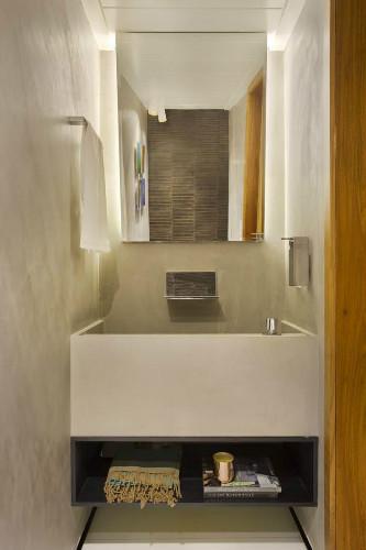 Lavabo do apartamento do edificio diamante azul projetado por Roberta Devisate
