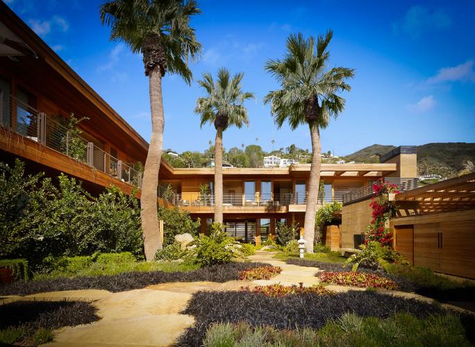 nobu-ryokan-malibu-resort-hotel-japanese-california-studio-pch-montalba-architects-beach-waterfront_dezeen_6