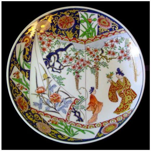 Pratos pintados à mão por Maria Augusta Rebouças, encontrados na Porcelana21 Chinoiserie