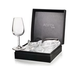 Taça para vinho do Porto, assinado por Alvaro Siza, na Vista Alegre