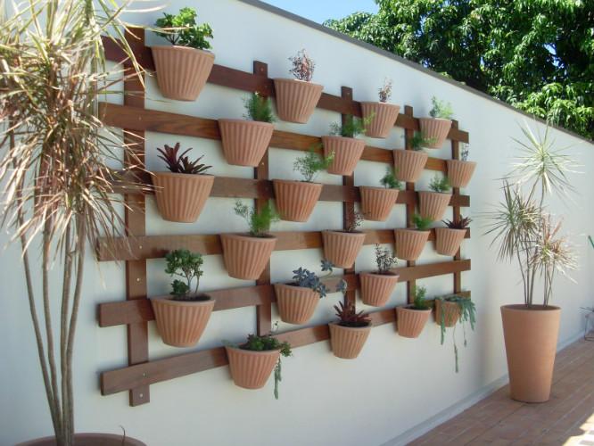 Floreiras e barro, ceramica ou terracota