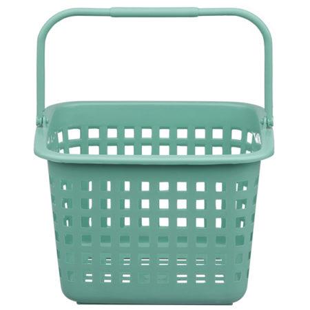 Cestinha de plástico turquesa, para ajudar a organizar a lavanderia.