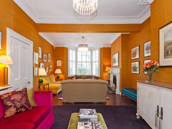 Paredes coloridas com sugestão de cor no blog da Conexão Décor. Sala pintada de amarelo.