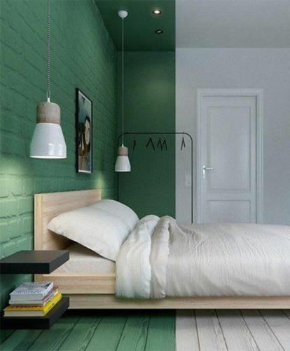 Paredes coloridas com sugestão de cor no blog da Conexão Décor. Detalhe verde na cabeceira e lateral da cama.