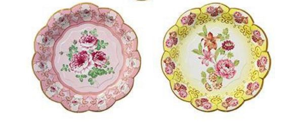 Pratos Flores, encontrado na Coisas de Dóris Shabby Chic