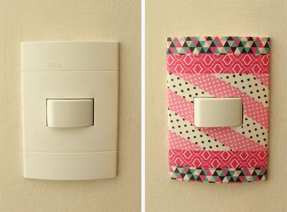 12 ideias baratinhas e rápidas faça você mesma ! Fitas adesivas coloridas enfeitam o interruptor .