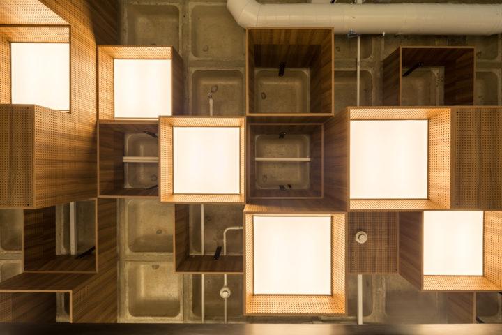 luminárias do Studio Sol, projeto de Todos Arquitetura