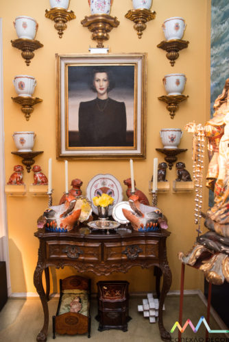 o retrato da avó de Antonio Neves da Rocha com Companhia das Indias