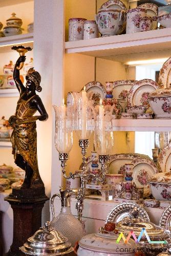 porcelanas na decoração dedecoração do apartamento de Antonio Neves da Rocha