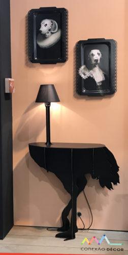 Apareador com corpo de avestruz na maison objet
