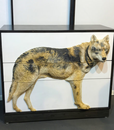 comoda com lobo em 3D na maison&objet