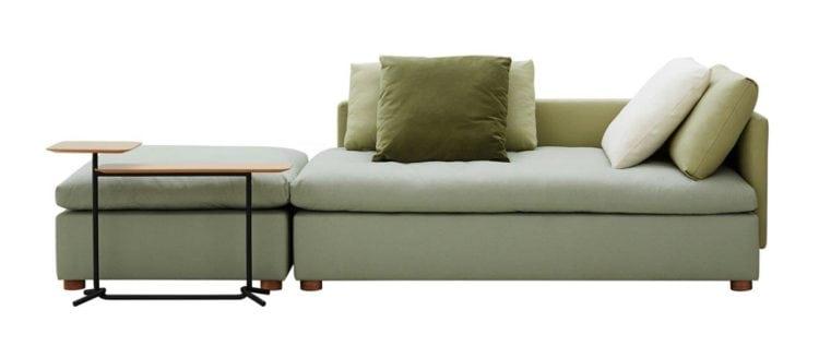 Sofá da Carbono Design. Sofá Carbono 124. Sofá em módulos com chai se e puff.