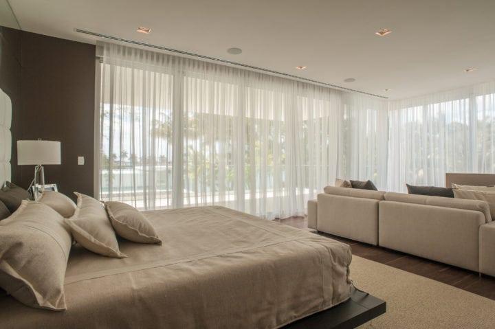 Suite master do projeto de Nayara Macedo em Miami