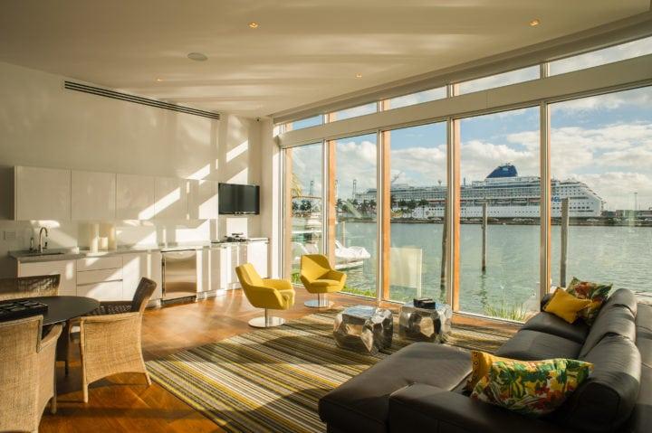 Sala no projeto de Nayara Macedo em Miami