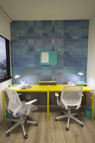 Projeto de um escritório de eventos em 55 m2 by Mis Arquitetura.