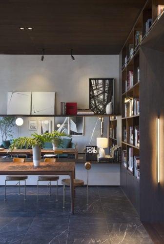 Mesa da Livraria do Studio Leandro Neves para Casa Cor Rio 2017