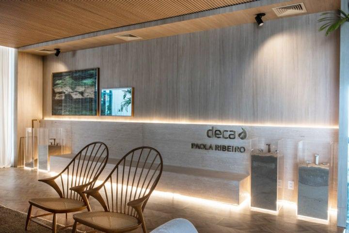 Lounge de entrada do Spa Deca por Paola Ribeiro para Casa Cor Rio 2017