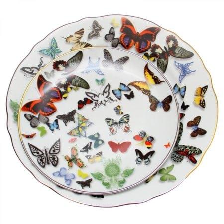 Louça da marca portuguesa Vista Alegre. Coleção Christian Lacroix, com desenhos de borboletas.
