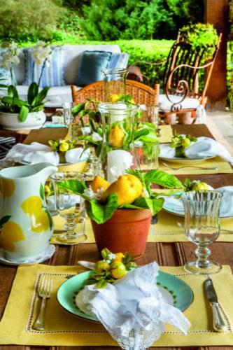 Inspirações para se criar mesas caprichadas, mesa com limões sicilianos.