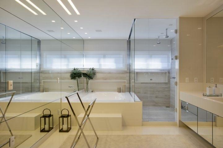 Banheiro do Casal DJ Dennis no projeto de Claudia Pimenta e Patricia Franco