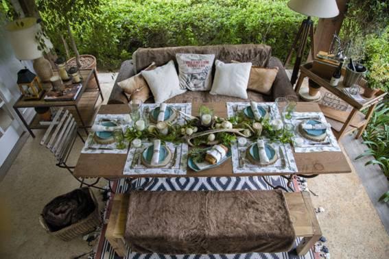Inspirações para se criar mesas caprichadas, mesa rustica com banco .