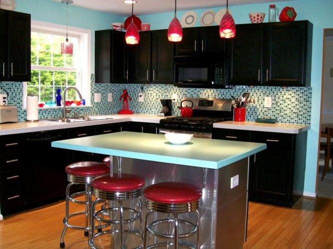 Cozinha retrô com ares futurista