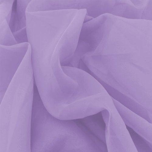 Decorando com o tom lilás. Tecido em voil na cor lilás.