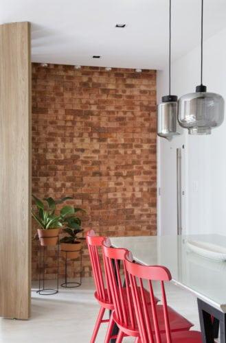 sala no apartamento assinado por Fabiano Ravaglia