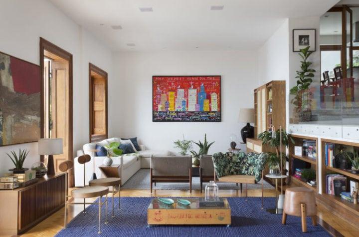 Sala de estar da Casa Quem assinada por Fabiano Ravaglia