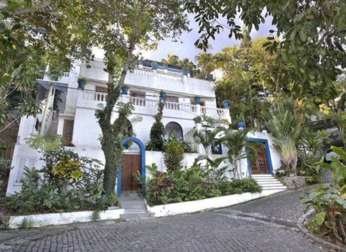 Casa Quem assinada por Fabiano Ravaglia