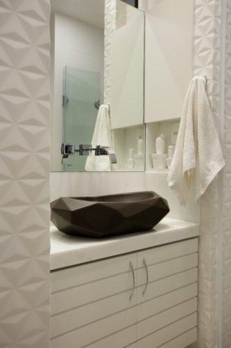 lavabo assinado por arquiteto Mauricio Rebello e pelo engenheiro Getúlio Evangelista.
