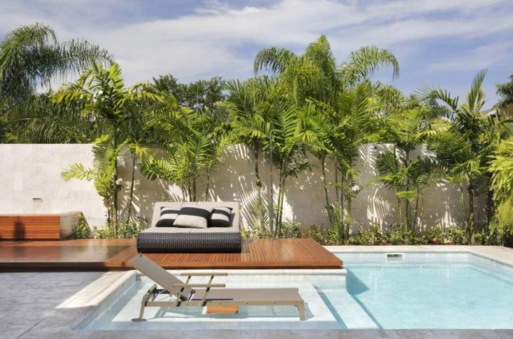 piscina no projeto de leila dionizio
