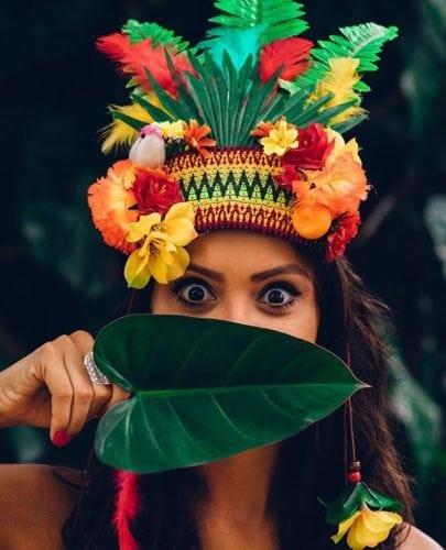 Enfeite de carnaval, cabeça tropical.